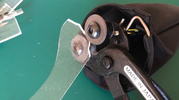 ガラスカッターG-CAMでクリアガラスをカットする